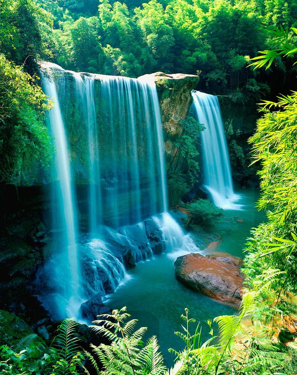 壁纸 风景 旅游 瀑布 山水 桌面 1000_1262 竖版 竖屏 手机